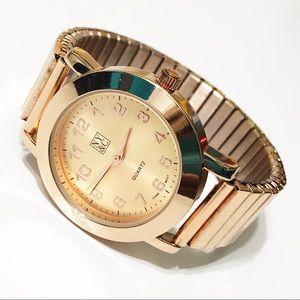 NY&Co • Gold Stretch Bracelet Watch
